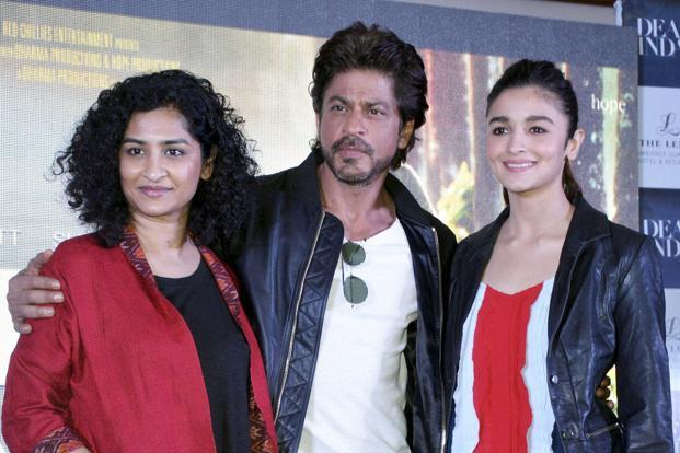 Bollywood actors Shah Rukh Khan and Alia Bhatt at a promotional event of their film Dear Zindagi in Gurugram on 22 November. Photo: PTI