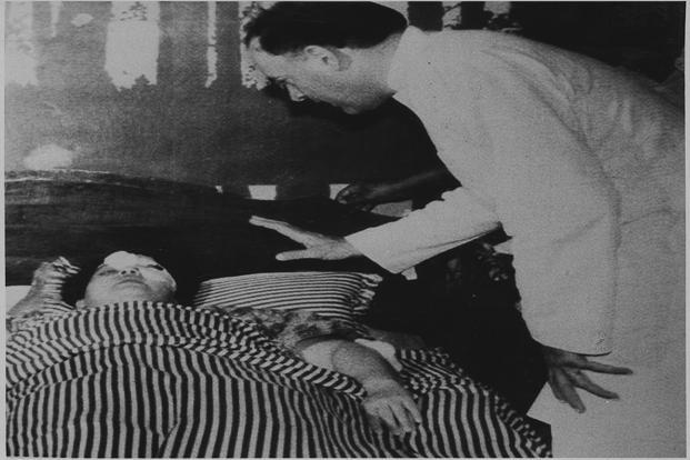 Rajiv Gandhi with injured Jayalalithaa in a Chennai hospital on 25 February 1990. PTI
