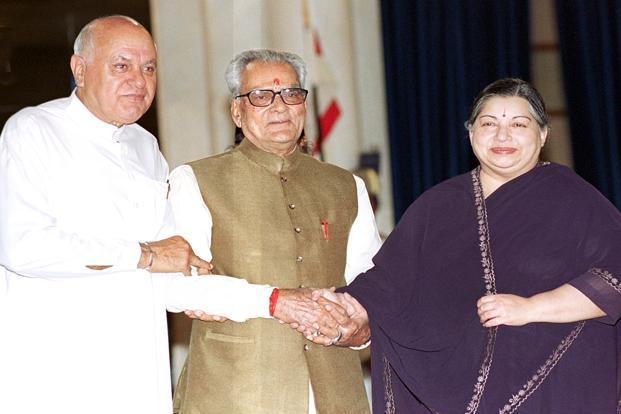 J&K chief minister Farooq Abdullah and Tamil Nadu chief minister Jayalalithaa congratulate then newly-elected vice president Bhairon Singh Shekhawat before the swearing-in ceremony at the Rashtrapati Bhavan in New Delhi on 19 August 2002. HT