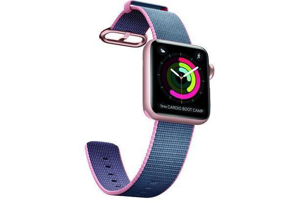 IDC estimates that Apple Watch sales fell 71% in the third quarter of 2016.