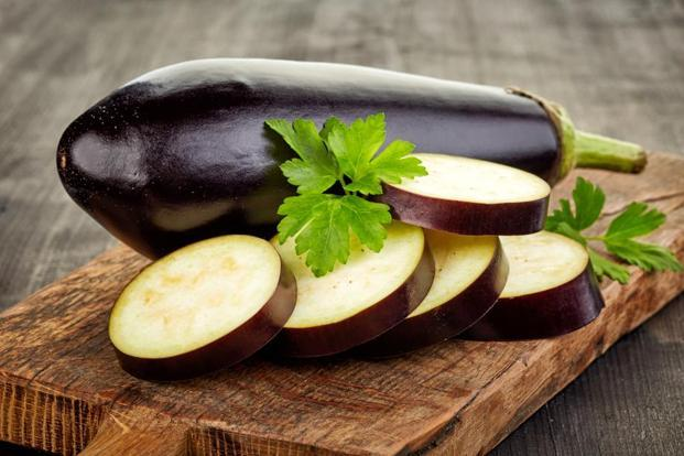 It helps lower bad cholesterol and keeps the heartbeat regular. Photo: iStock