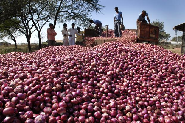 At present, the arrival of 2016-17 kharif onion is in the full swing not only in Maharashtra but also in other states. Photo: Mint