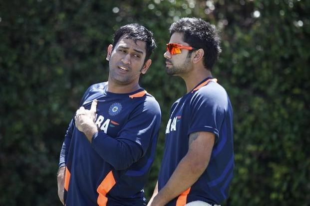 Test skipper Virat Kohli (right) is expected to be anointed captain of the limited overs teams also, after Mahendra Singh Dhoni (left) decided to step down. Photo: Reuters
