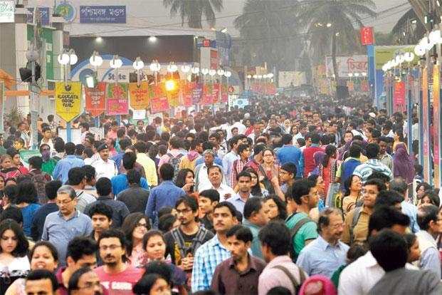 Around 2.5 million people visited the book fair at Kolkata last year. Photo: Hindustan Times. (Hindustan Times.)