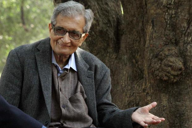 File photo. Amartya Sen said it was puzzling why the Modi government opted to eliminate 6% black money by demonetising 86% of the currency. Photo: PTI