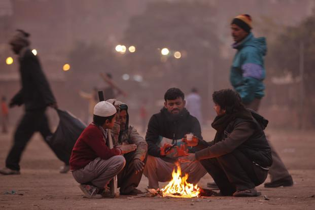 The main reasons for the fall in the temperature are the western disturbances and the wet spells over the western Himalayan Region. Photo: Raj K. Raj/ Hindustan Times