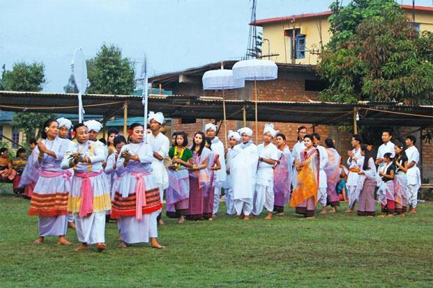 An 'Anoirol' performance in Imphal.