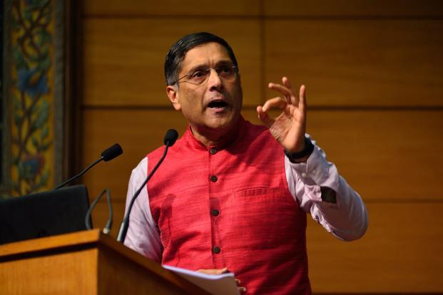 Chief economic adviser Arvind Subramanian. The Economic Survey 2017 puts India's GDP growth rate at 6.75%-7.5% in 2017-18, says negative risks from demonetisation, higher oil prices and trade tensions due to Donald Trump's policies will persist. Photo: Pradeep Gaur/Mint