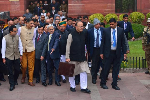 Arun Jaitley said an expert panel formed to set a new fiscal framework has recommended to maintain a fiscal deficit of 3% of GDP for the next three fiscal years. Photo: Pradeep Gaur/Mint