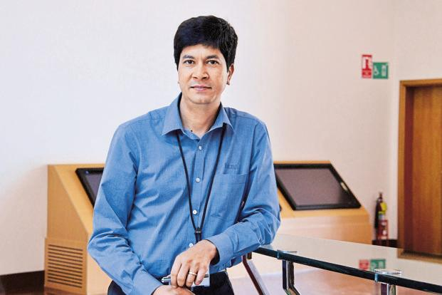 Former Infosys CFO Rajiv Bansal. The omission raises doubts on decision-making by Infosys board, which has just emerged from a tussle with founders led by Narayana Murthy over corporate governance issues, including Rajiv Bansal's severance pay and a 55% increase in CEO Vishal Sikka's salary. Photo: Hemant Mishra/Mint