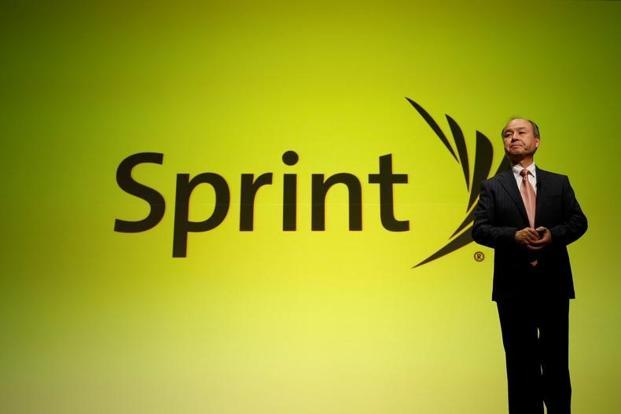 SoftBank Group chairman Masayoshi Son may actually be willing to give up control of Sprint Corp. in order to effect a merger with T-Mobile US Inc., as Reuters reported, citing people familiar with the issue. Photo: Reuters
