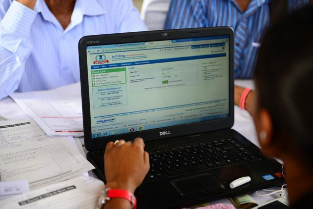 Who can file tax returns under  presumptive taxation scheme