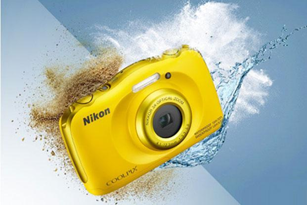 Nikon Coolpix W100 can withstand drops from a height of 1.5 metres and extreme cold up to -10 degree celsius.