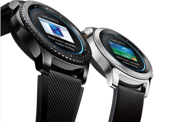 To use Samsung Pay on Gear S3 users need to download the Samsung Gear app on their Android phone from the Google Play Store and connect it with the Gear S3 watch via Bluetooth.
