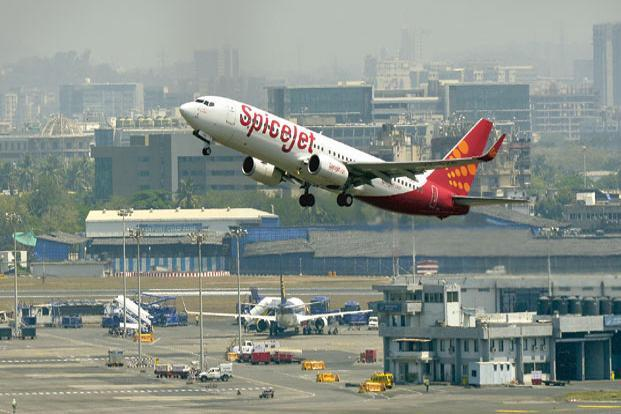 The 28% appreciation in IndiGo's stock pales in comparison with SpiceJet's spectacular 68% gain since mid-February. Photo:  Aniruddha Chowdhury/Mint