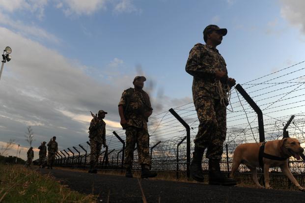 Pakistani intruder shot dead along the  International Border in Punjab