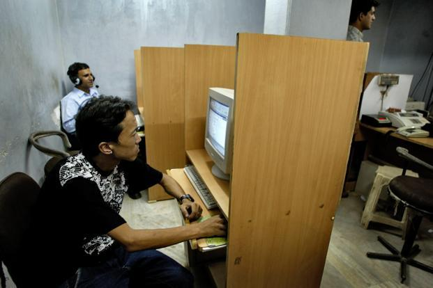 In India, the number of Internet users is expanding. Photo: Bloomberg