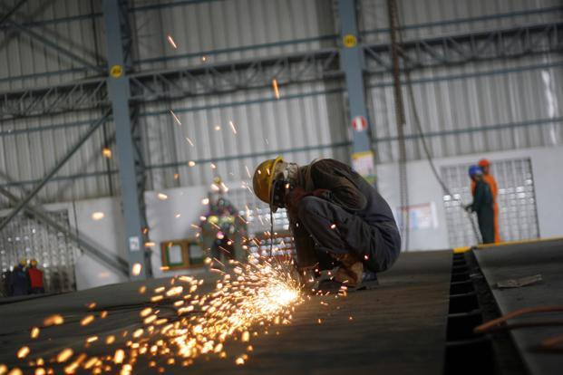 The Nikkei Markit India Manufacturing Purchasing Managers' Index increased to a five-month high of 52.5 in March from 50.7 in February. Photo: Bloomberg