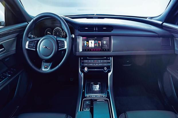 Modern technology and connectivity mean that the occupants of such a car will have better entertainment options, as well as safety features.