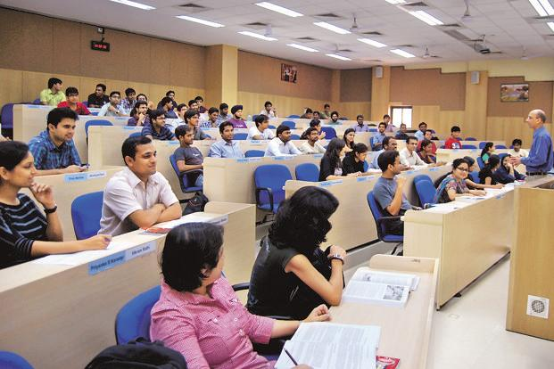India has 39,000 colleges, 11,000 stand-alone institutions and over 760 universities—cumulatively around 51,000-strong higher educational institutions. Of all these, less than 3,000 participated—that's just about 6% of the overall pool. Photo: HT