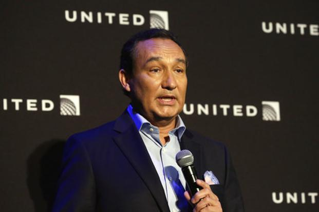 United Airlines CEO Oscar Munoz has apologized for the dragged passenger incident, a video of which went viral on social media—causing widespread backlash against the US carrier. Photo: AP