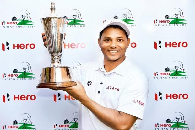 S.S.P. Chawrasia with the Indian Open trophy. Photo: Stuart Franklin/Getty Images