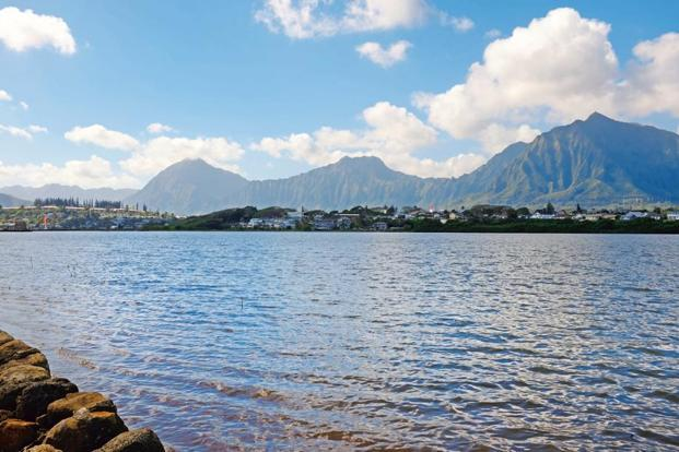 A view of the Ko'olau mountains from the walls of the He'eia fishpond. Photo: Shreya Yadav.