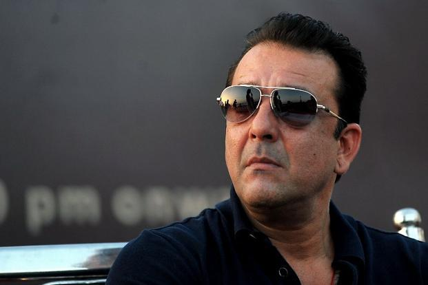 Non-bailable warrant issued against Sanjay Dutt for threatening filmmaker