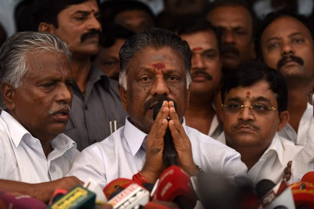 Panneerselvam's 'no' to Sasikala family for AIADMK unity