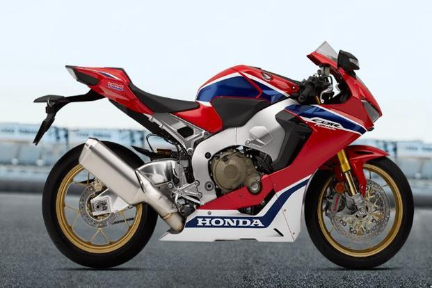 Bookings for the 2017 Honda CBR 1000RR Fireblade also commenced Wednesday.