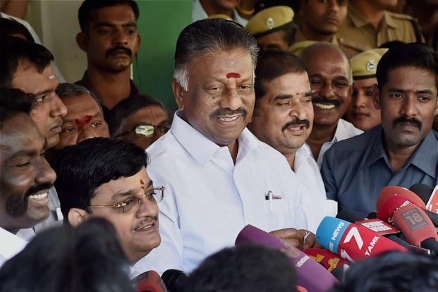 Dinakaran hints at quitting party post