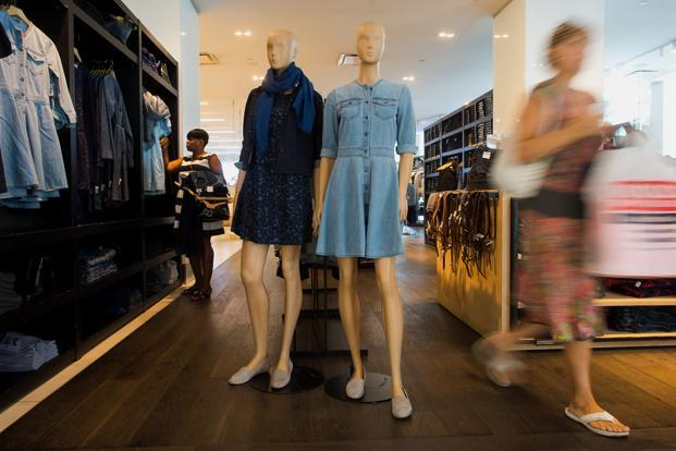 Offline stores can offer more visibility to online retailers. Photo: Bloomberg