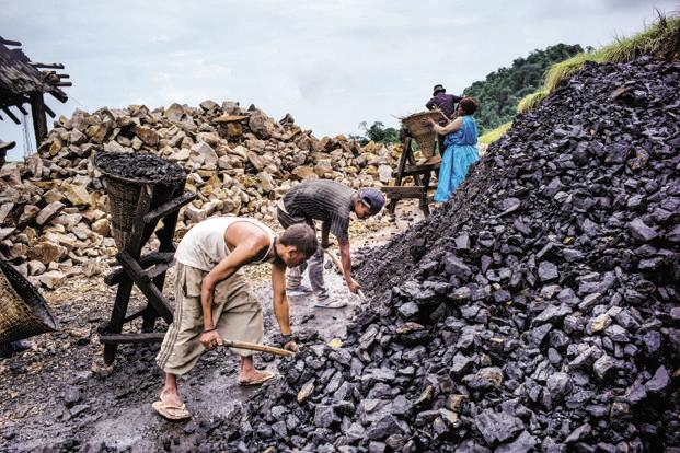 In 2016-17, Coal India produced 554.1 million tonnes of coal, against a target of 598.6 million tonnes. Photo: Bloomberg