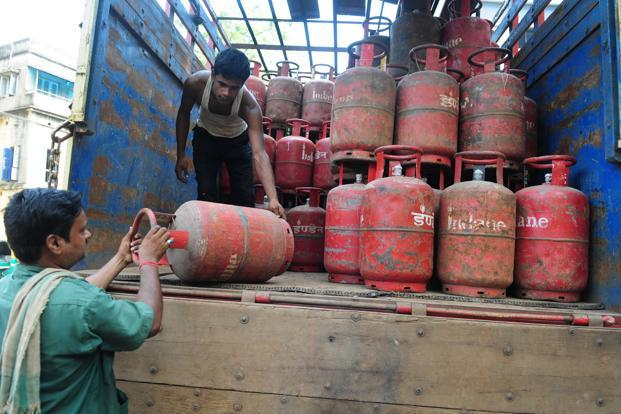 India imported 11 million tonnes of LPG in 2016-17, 25% more than what was imported a year ago. Photo: Indranil Bhowmik/Mint