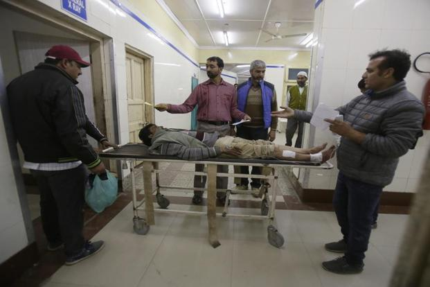 Militants kill 5 policemen, 2 bank officials, loot cash van in Kashmir's Kulgam