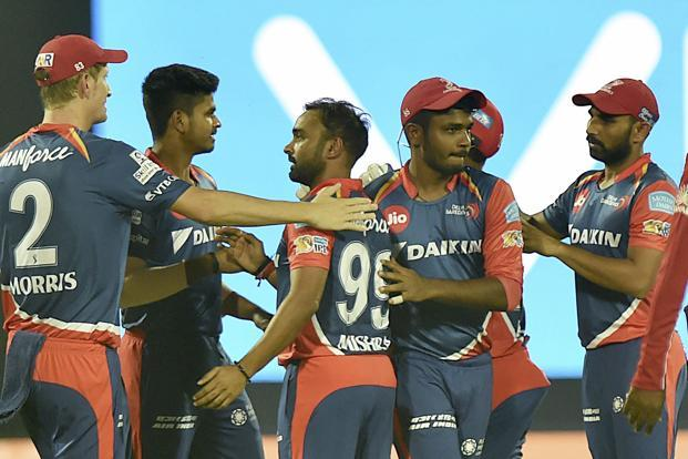 Delhi Daredevils' Corey Anderson top-scored with an unbeaten 41 off 24 balls as Daredevils comfortably reached 189-4 in 19.1 overs with all the top-six home team batsmen among the runs. Photo: PTI