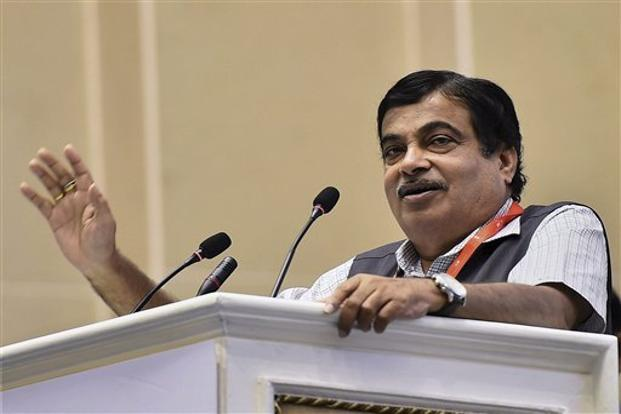 With demonetisation, a GST regime and efforts to augment infrastructure, India's revenue receipts could soar, said union minister Nitin Gadkari. Photo: Kamal Singh/PTI