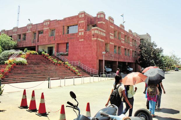The JNU administration had announced that it would follow the UGC regulations and announced a seat cut of over 80% from 1,408 seats for 2017-18. Photo: HT