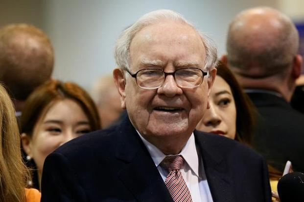 Warren Buffett's struggle to find the $407 billion company's next meaningful acquisition shows that his relative buying power has diminished. Photo: Reuters