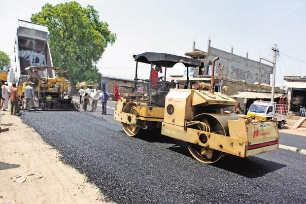A record 47,350km of roads were constructed during 2016-17, the highest-ever in the last seven years. Photo: Mint