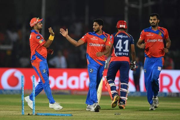 Delhi Daredevils won the match by two wickets on Wednesday, surpassing Gujarat Lions' 195-5 in the first game held at Kanpur's Green stadium this season. Photo: AFP