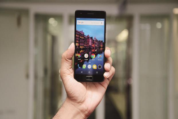 mobile phone report Gartner says worldwide smartphone sales grew 39 percent in  makes it difficult for mobile phone vendors to reach  in the gartner report market.