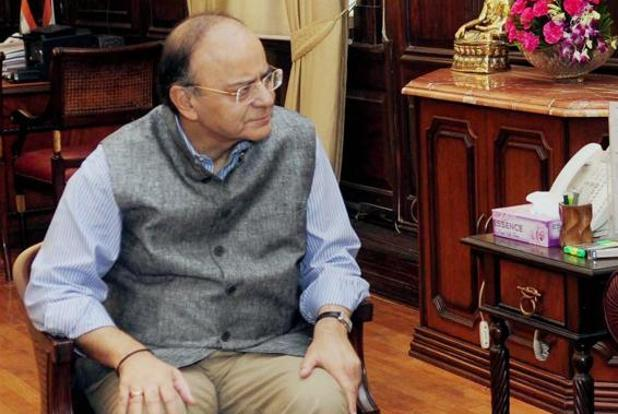 Arun Jaitley in Jammu and Kashmir, to review security with army chief