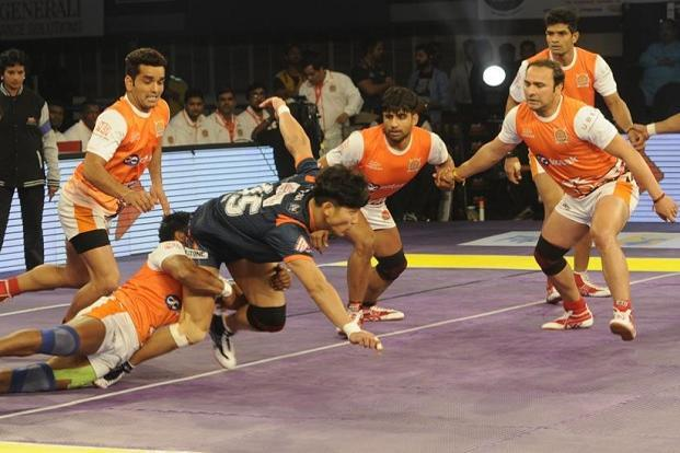 File photo of a match between the Bengal Warriors and Puneri Paltan during Pro Kabaddi 2016. Photo: Ashok Nath Dey/Hindustan Times