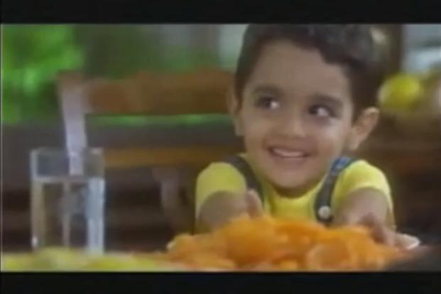A TV grab of the Dhara advertisement popular in the 1990s. IMRB conducted the study with a sample of 2,500 children aged 5-14 across 3 socio-economic classes in over 1 million towns in India.