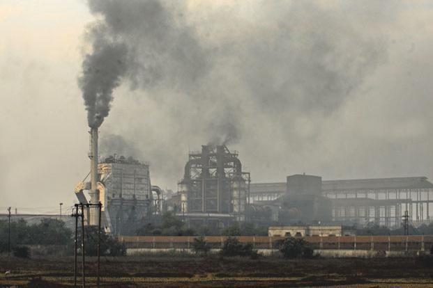 High Air Pollution Levels May Hit India S Solar Power