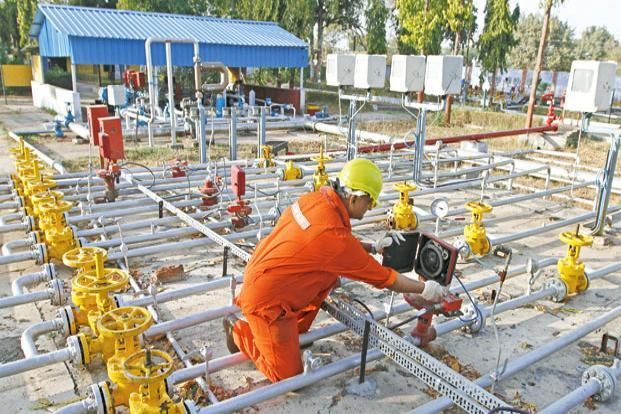 ONGC's reported stand-alone net profit declined 6% for the March quarter on a year-on-year basis to Rs4,340 crore, much below the Street's forecast. Photo: Reuters
