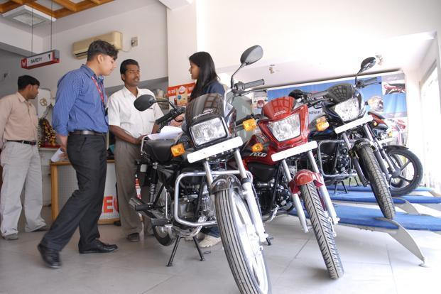 The two-wheeler industry had witnessed a decline of 6.5% in the five months period between November 2016 and March 2017. Photo: Mint