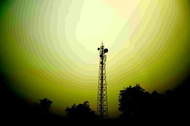 Telecoms debt crisis: Fitch Ratings downgrades Reliance Communications' IDR