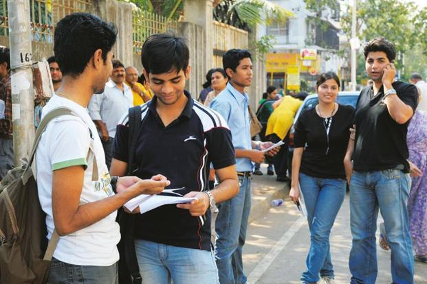 The government has asked higher educational institutions to ensure that no fee payments are made by students in cash from the next academic session. Photo: Bachchan Kumar/HT